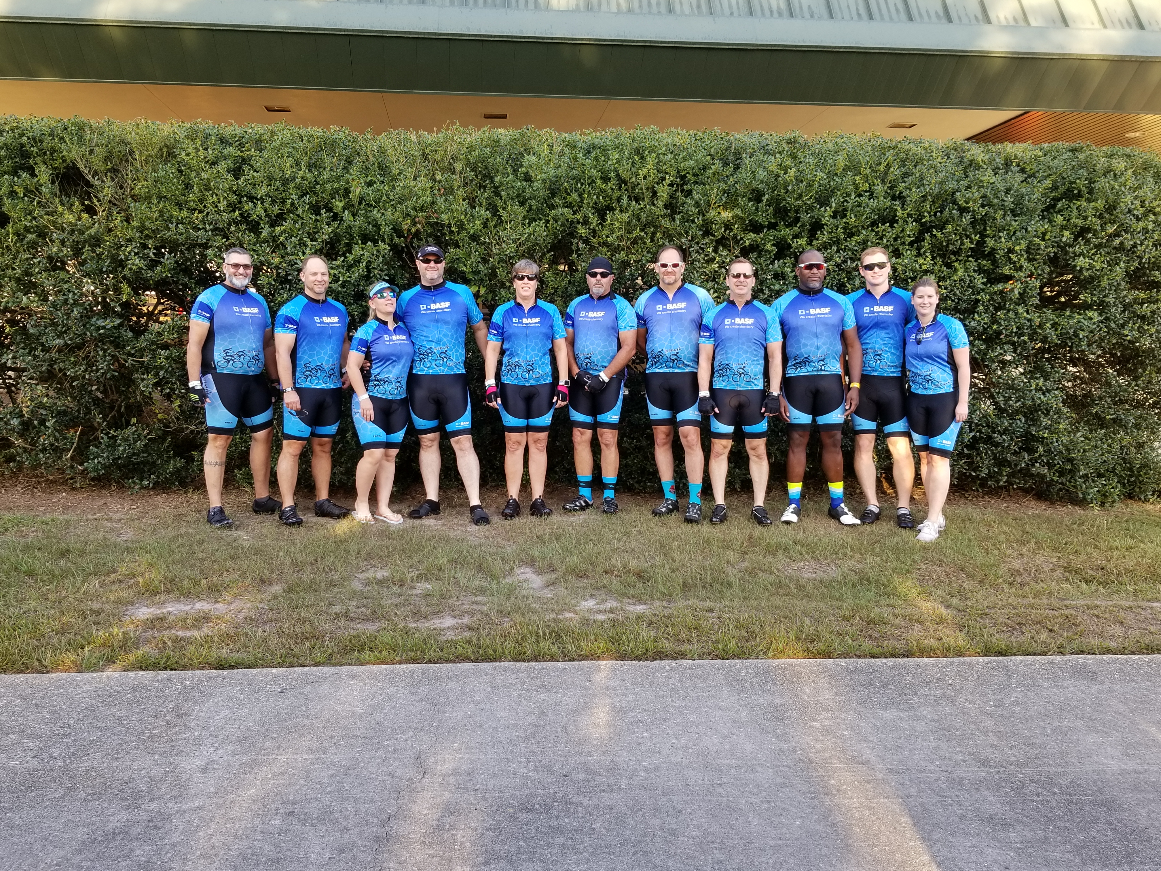 Group shot of BASF Bike MS Team Dat's How We Roll, 2018